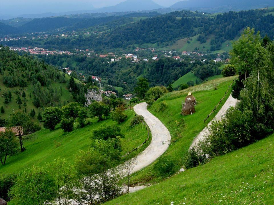 Zarnesti-Piatra Craiului a obtinut acreditarea europeana ca zona ecoturistica