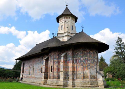 O scurta istorie a manastirilor din Suceava