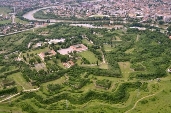 10 Lucruri pe care trebuie sa le stii sau vezi in Arad