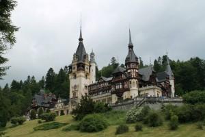 Eleganta si istorie: Castelele de pe Valea Prahovei
